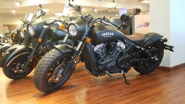 Dark Horse Scout Bobber | Indian Rider - Indian Motorcycle